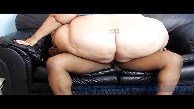 テーブルの上に黒の上司とのセックス 女の子 向け 無料 エッチ 動画